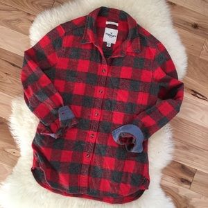 American Eagle Slim Fit Button Down Plaid Shirt